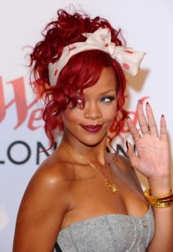 Rihanna - Lenço